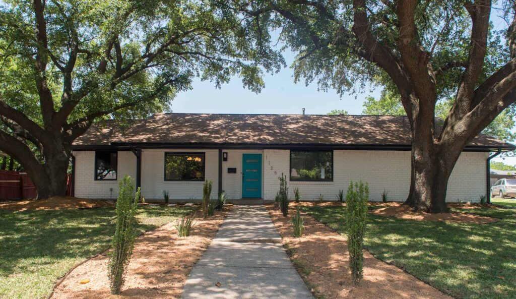 Beautiful contemporary renovation in the heart of Dallas