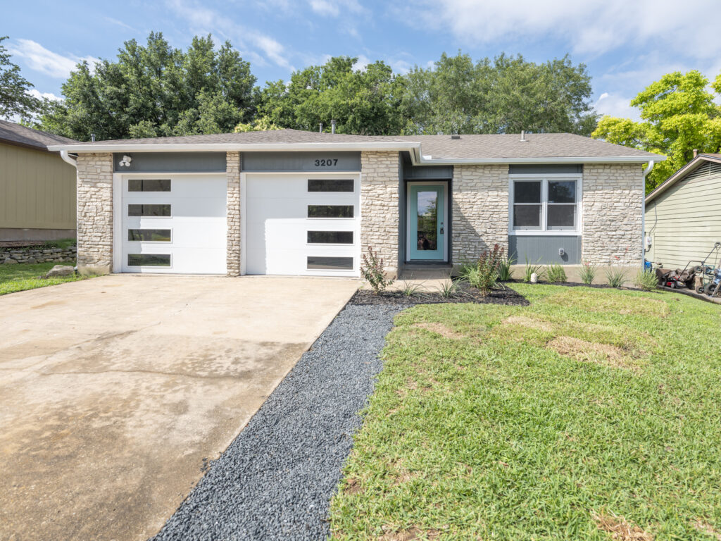 """Contemporary Renovation in the """"Sweet Spot"""" of South Austin"""