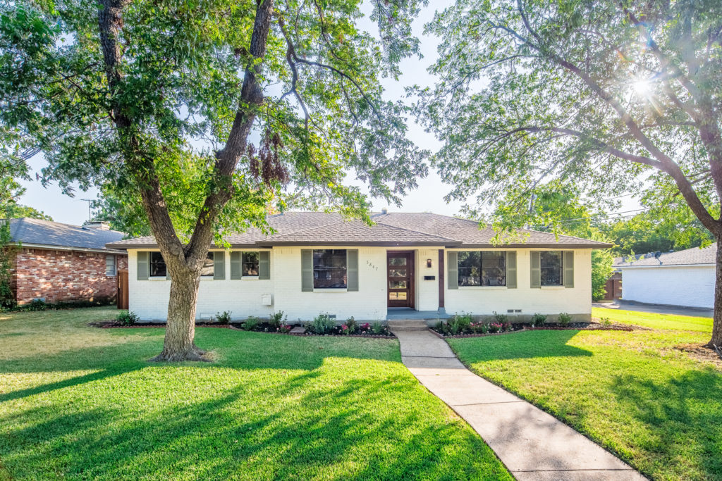Mid Century Modern transformation in East Dallas